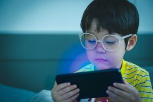How Blue Light Affects Kids and Sleep Gainesville, FL.